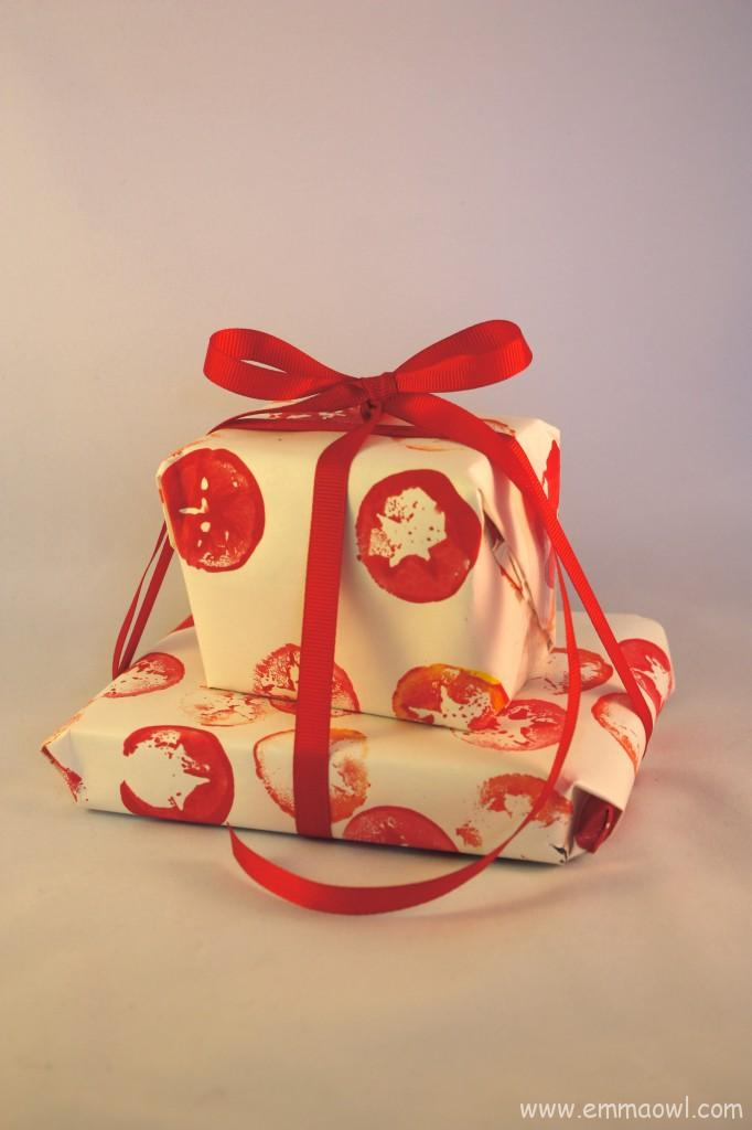 Apple Star Gift Wrap
