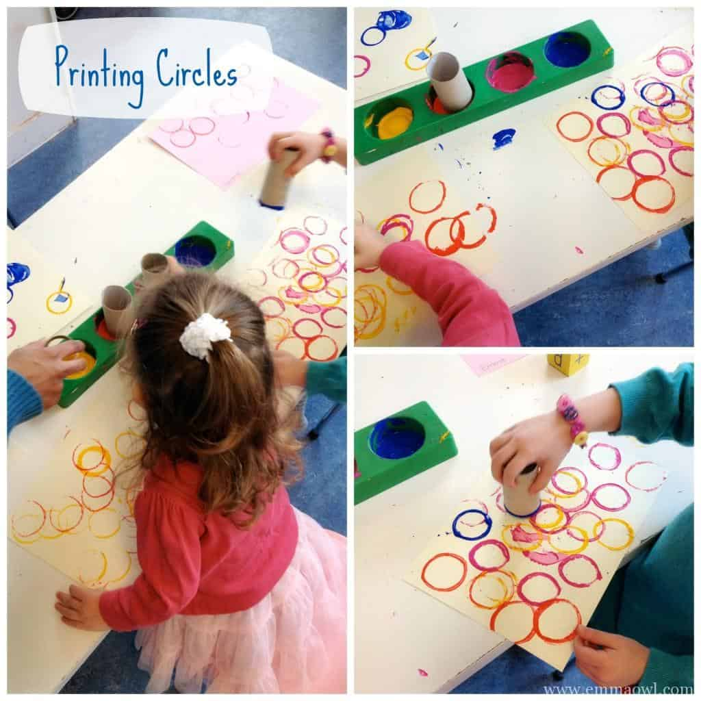 children art printing circles with toilet rolls
