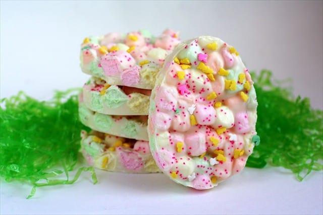 EasterMarshmallowBark.ButterwithASideofBread.093