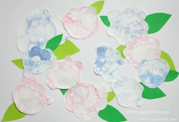 Hydrangeas-Bubble-Blowing-Painting-1024x699