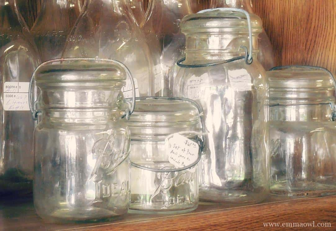 Diy chalkboard paint gift jar for father 39 s day emma owl for How to paint glass jars