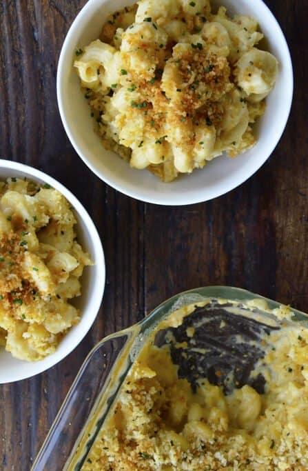 Roasted-Garlic-Mac-and-Cheese