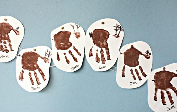 handprint-reindeer-prints